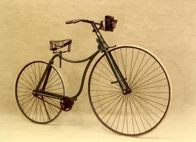 1885 Bicicleta de Seguridad. A que ya se parece mucho a las bicis urbanas actuales