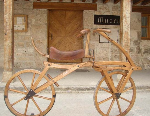 """El invento de Dreis se conoció como Drasiana, aunque también como """"laufmaschine"""" o máquina de andar."""